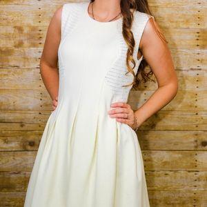 BCBGMaxAzira Off White Semi Formal Dress